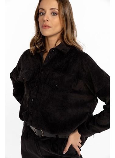 Tiffany&Tomato Cepli Arkası Uzun Ince Fitilli Kadife Gömlek-Tarçın Siyah